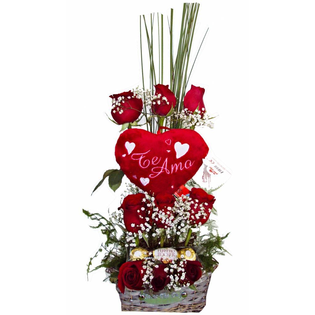 Canasta 9 Rosas con Corazón y Bombones